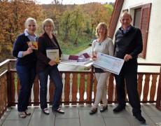 Spendenübergabe an die Familienherberge – Lebensweg in Schützingen