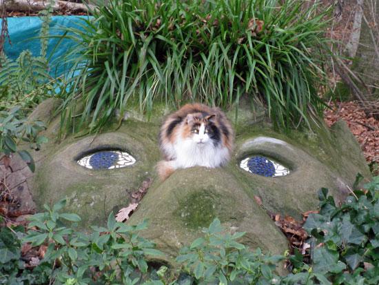 garten_holzmaden_bauer7_Waldgeist-mit-Katze